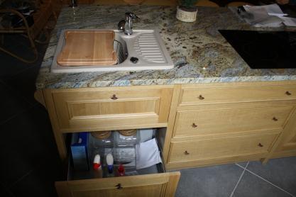 meuble de cuisine en ch ne et granit sur mesure meuble marcelis luc. Black Bedroom Furniture Sets. Home Design Ideas