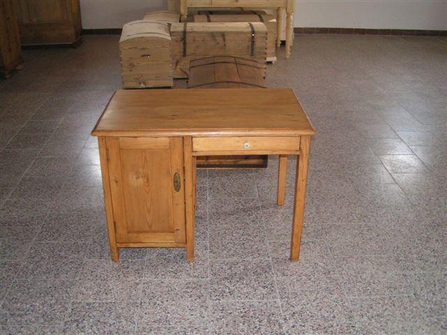 show room de meubles meuble marcelis luc. Black Bedroom Furniture Sets. Home Design Ideas